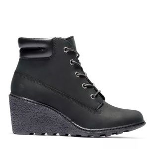 Timberland Amston Boot in Black Size 8